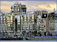 Жилой комплекс на набережной Робеспьера