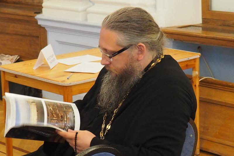 В комплексе Санкт-Петербургской епархии прошел круглый стол, посвященный роли и месту церковной архитектуры