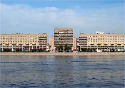 Свердловская наб., 60-64/Большеохтинский пр., 6-14. Фото Mary, www.citywalls.ru