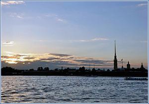 В Петербурге разработали законопроект об аренде участков набережных под плавучие гостиницы