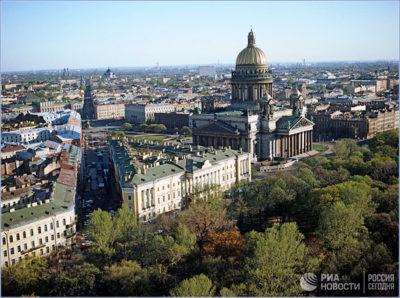 Исаакиевская площадь. Вид сверху.  © РИА «Новости» / Сергей Компанийченко