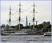 В Петербурге продолжают разрушать «небесную линию»