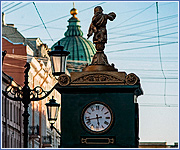 Еще идут: девять необычных часов Петербурга. Истории знаменитых городских циферблатов.